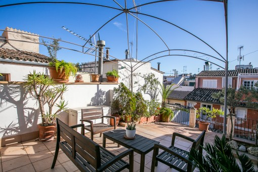 Duplex penthouse apartment with 40 sqm roof terrace in Palma's old town