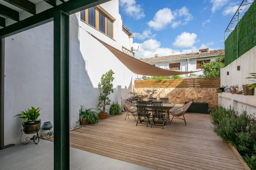 Authentic Mallorcan house with patio and terraces in Esporles