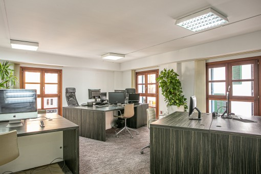 Without commission: Prestigious, extensive office floor in a prime location in Palma's Old town