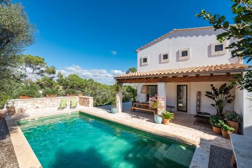 Top class villa built with premium...