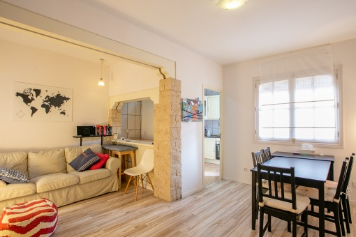 Comfortable and elegant apartment with balcony in a quiet location in the popular district of Santa Catalina