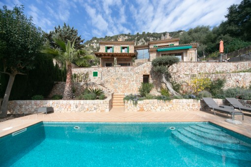 Beautiful, renovated villa in a prime location with fantastic panoramic views in Valldemossa