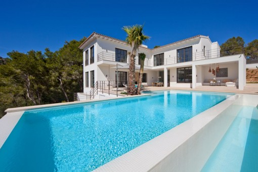 Modern luxurious villa in Port Andratx with top-quality equipment