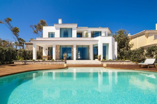 Enchanting luxury villa with panoramic views in Santa Ponsa
