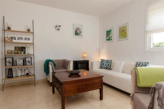 Comfortable, centrally-situated apartment in Cala Ratjada with 3 bedrooms and 2 bathrooms