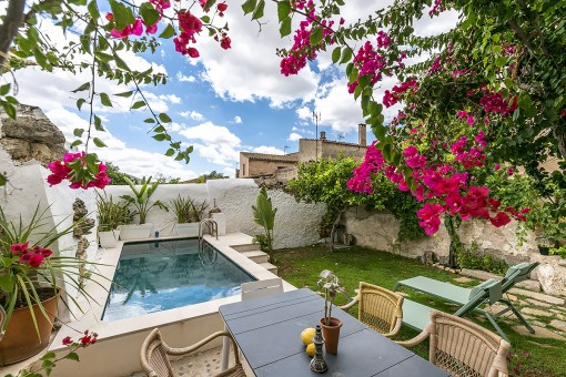 Attractive town-house with touristic rental licence in Porreres