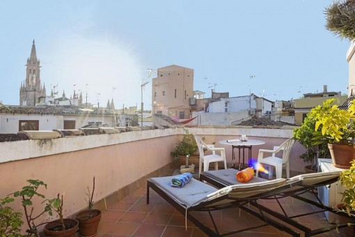 Bright duplex-penthouse in Palma's old town