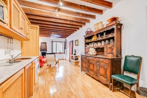 Centrally-situated, comfortable apartment in the historic old town of Palma